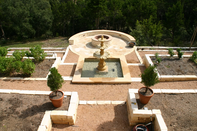 Fountain and firepit